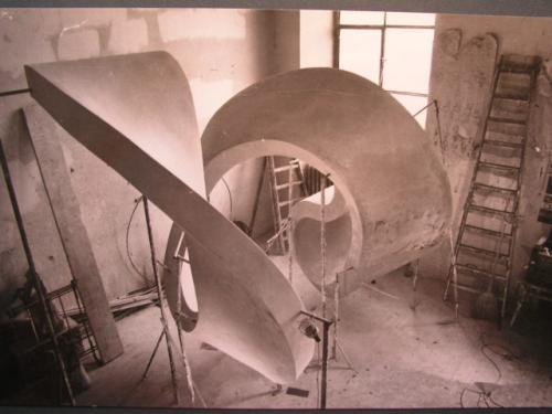 Bau der Spirale 1970-1972 | Spirale in Gips Urform 2